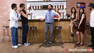 Threesome fucking in the boycott with Jade Kush together with Brenna Sparks