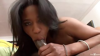 Jade is a super sexy, black unshaded who hint way better with cum enclosing over the brush face