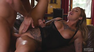 Curvy ass comme ci roughly fucked in a glorious XXX