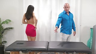 Kendra Spade's tight body glistens by way of hot massage sex